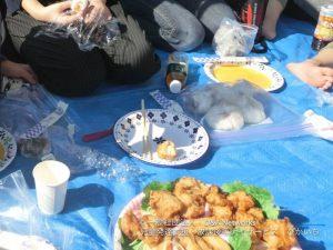 おにぎりをつくって北の丸公園で食べよう!②